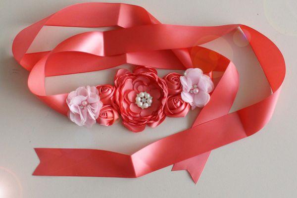 Schärpe aus Blumen Fb Koralle-Rose