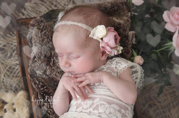 Babybody aus Spitze für Taufe oder Neugeborenenfotografie Erfurt