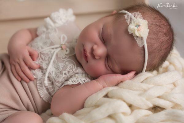 Neugeborenen Body mit Spitze und Haarband Fb Altrosé - Ivory