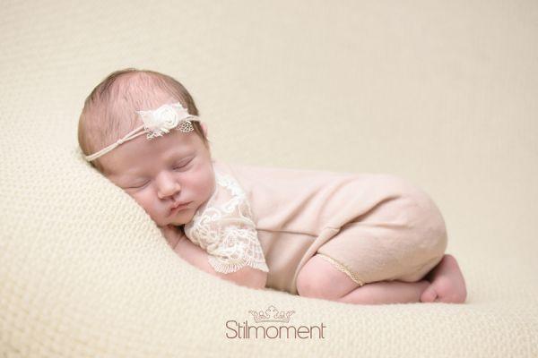 Newborn Outfit mit Haarband für Baby Fotoshooting