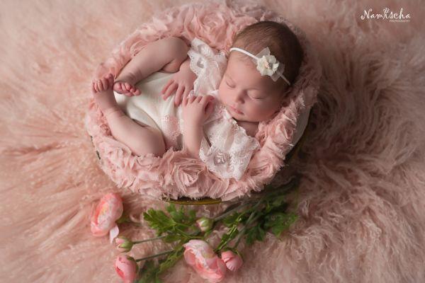 Neugeborenen Outfit für Fotoshooting, happy Babee