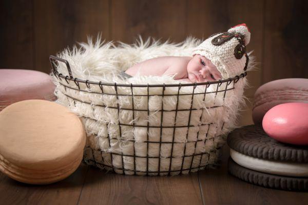 Newborn_Mütze_Eis_Fotoshooting