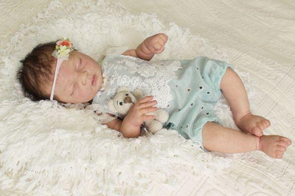 Babybody mit Spitze, Babyfotografie