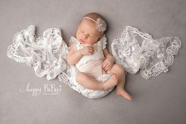 Babybody für Fotoshooting oder Taufe