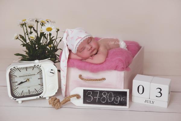 Newborn Zipfelmütze und Höschen aus Samt
