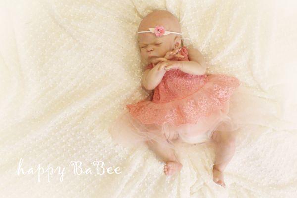 Neugeborenen Kleid aus Spitze
